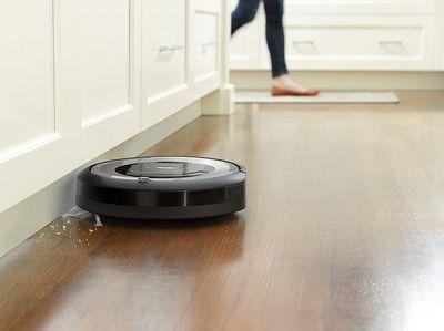 Aspirateur-Robot-Laveur-sol-iRobot-Roomba-E5154