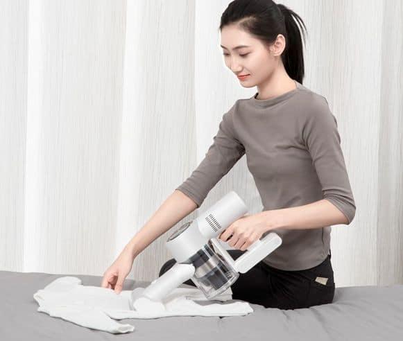 aspirateur-contre-les-acariens-habits